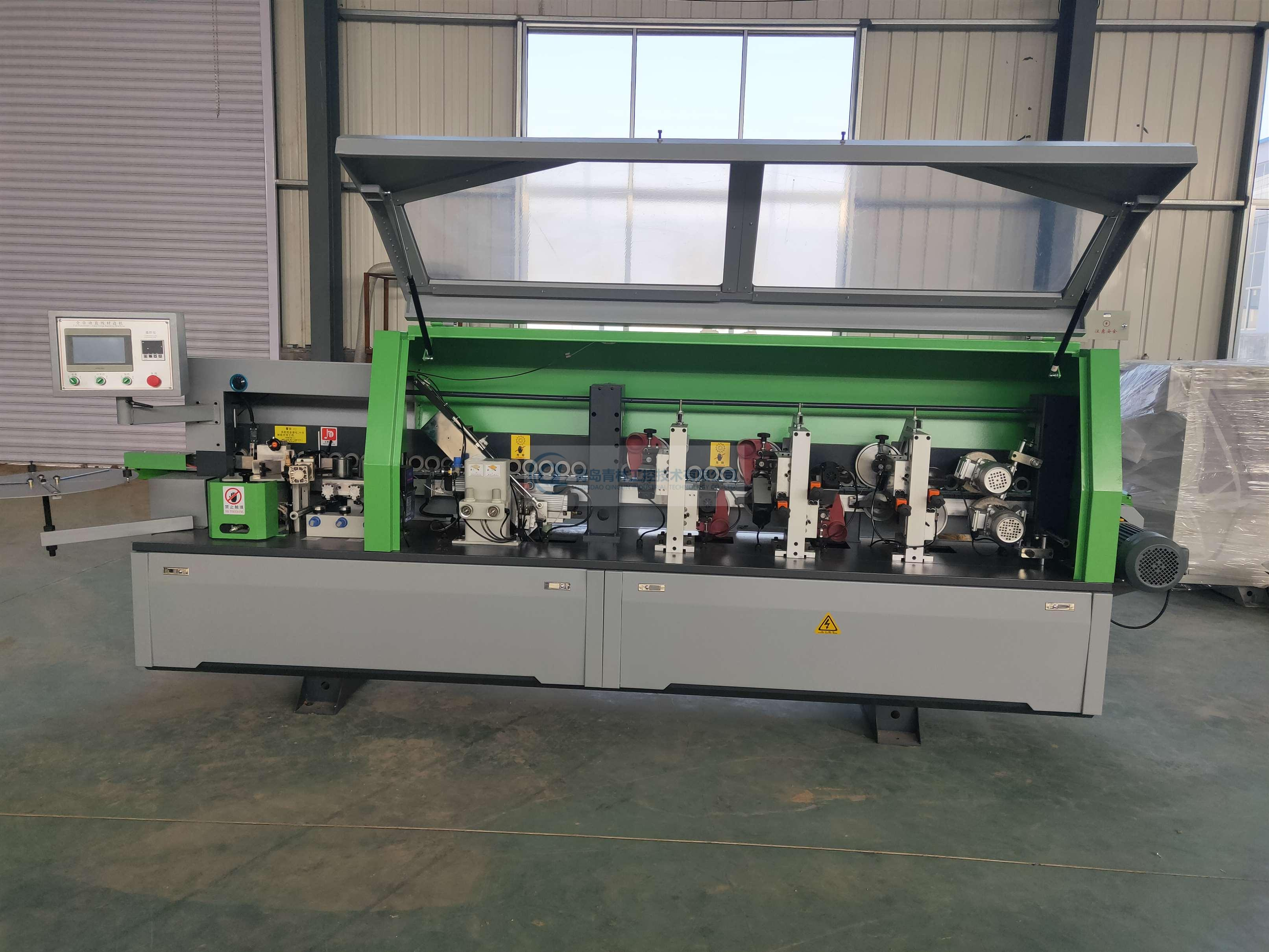 R6 Auto edge banding machine